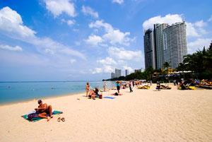 the hotels at wong amat beach